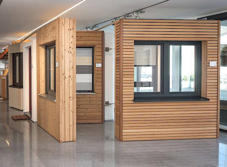 Fenstermodelle im Ausstellungscenter von Hartl Haus