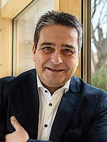 Wolfgang Hölzl